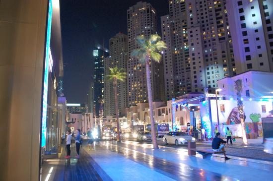 Dubai Marina Beach Walk Picture Of 24 7 Tourism Dubai