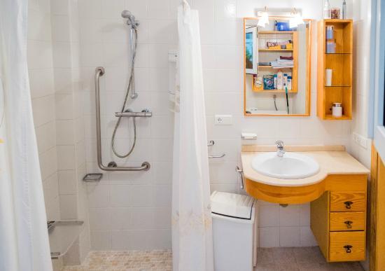 Casa Charlotte: Part of bathroom ground floor