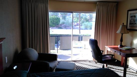 Royal Sun Inn: The room