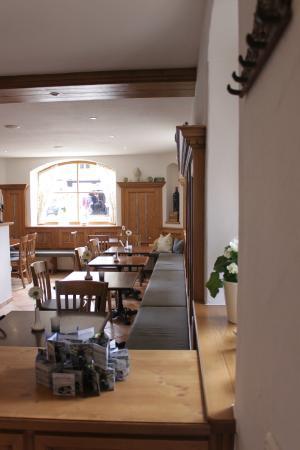 bistro caf baur kr n restaurant bewertungen telefonnummer fotos tripadvisor. Black Bedroom Furniture Sets. Home Design Ideas