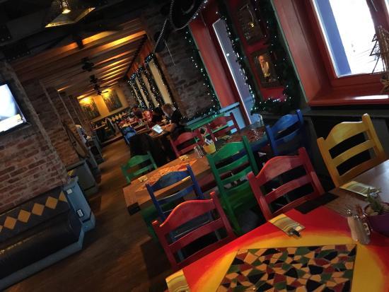 Blue Cactus: Miejsce w którym bywam od chyba pięciu lat jego zalety to dobra kuchnia, brak problemów z parkow