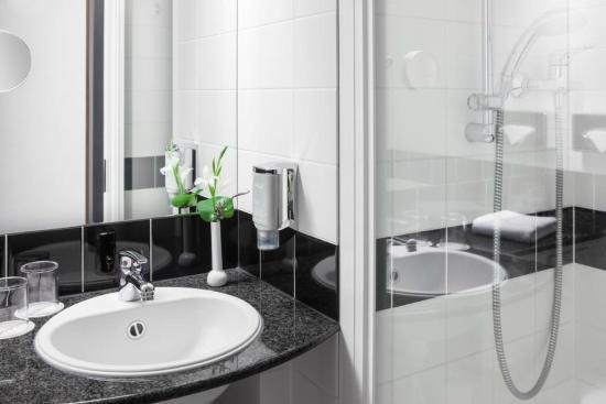 Schön IntercityHotel Celle: Badezimmer