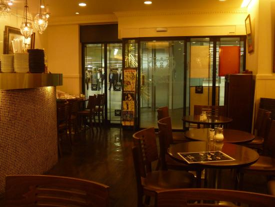 Victoria Cafe: 店内の様子