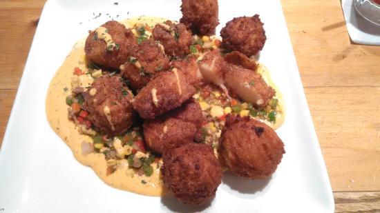 Newport News, VA: Cajun Scallops - yum!