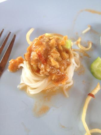 Kanom Jin Kru Eat
