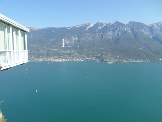 panorama esterno - Foto di Terrazza del Brivido, Tremosine - TripAdvisor