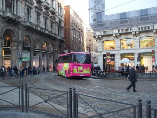 pullman turistico - Picture of TraMilano - Hop On Hop Off