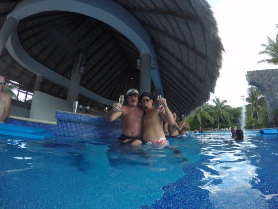 valentin imperial riviera maya swim up bar valentin imperial maya excursions