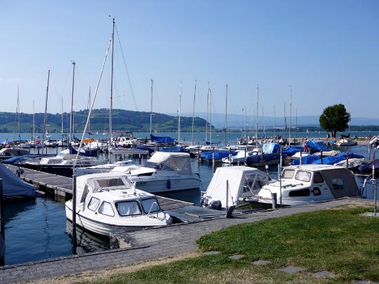 Canton of Neuchatel, Zwitserland: jazero MURTEN