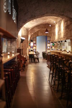 Login Bar