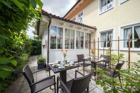 Kirchheim bei Munich, Alemania: Terrasse