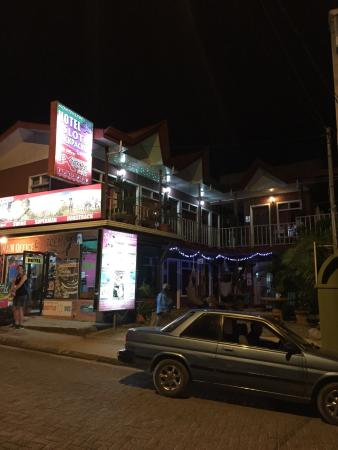 Hotel Sloth Backpackers Bed & Breakfast: photo0.jpg