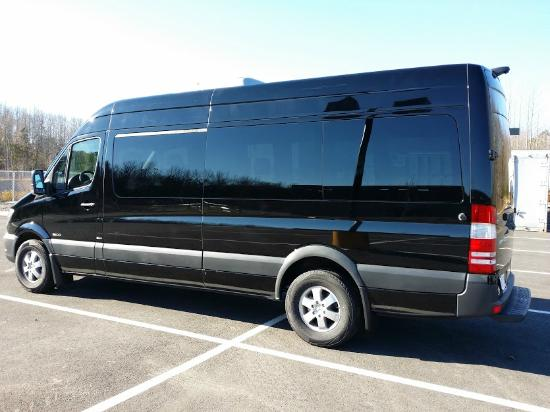 Luxe Sprinter: 2014 Mercedes Benz Sprinter