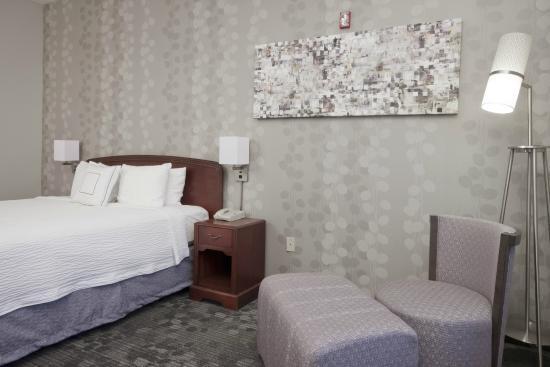 Courtyard Palmdale: King Room