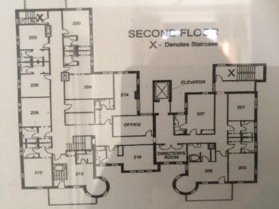 Floor plan shows room sizes - Picture