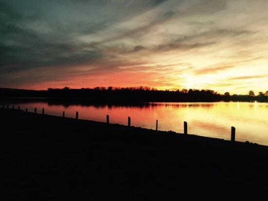 Lake St Louis (MO) United States  city photo : Sunset Picture of Creve Coeur Lake Memorial Park, Maryland Heights ...