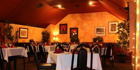 T L Maxwell S Restaurant Bar Bakersfield Reviews Phone Number Photos Tripadvisor