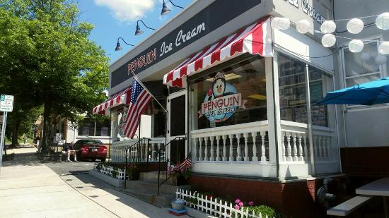 Bernardsville, NJ: Penguin Ice Cream, Summer 2015