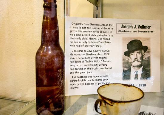 Shoshone, Καλιφόρνια: The Bismarck Hero
