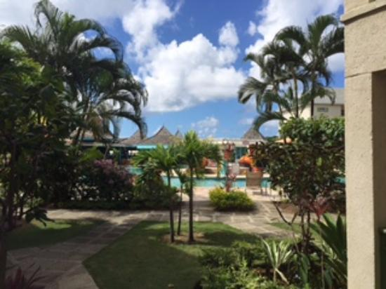 Bay Gardens Beach Resort: View from our patio