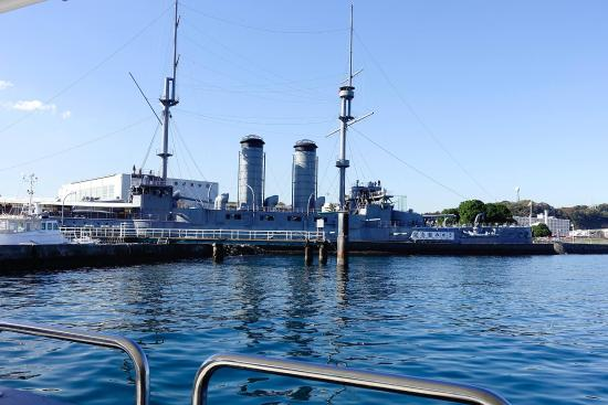 銅像とみかさ - Picture of Memorial Ship MIKASA, Yokosuka - TripAdvisor