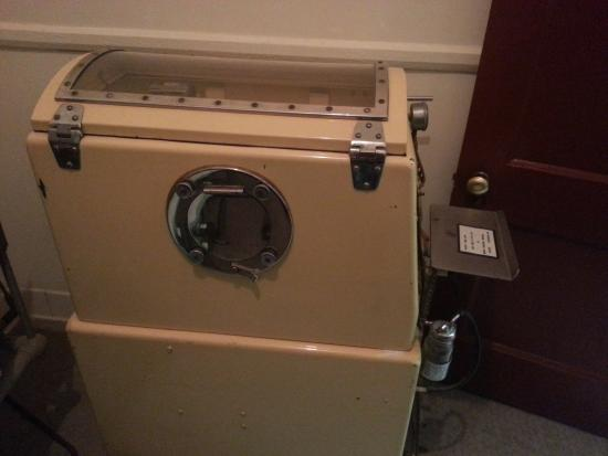 Amory, MS: Baby's iron lung