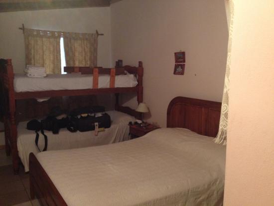 Hospedaje Flores del Sur: Vista do quarto