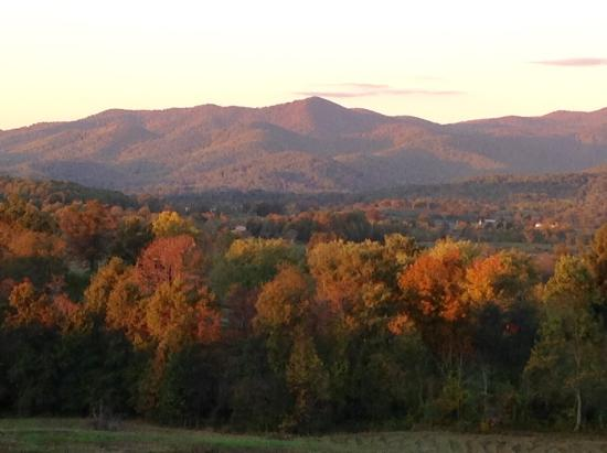 Washington, VA: Autumn Mountain View