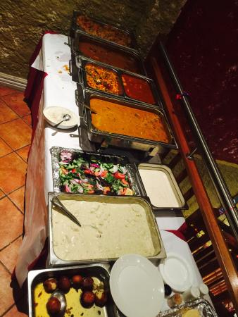 Carlton Curry House : Buffet system