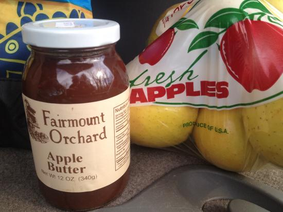 Signal Mountain, TN: Fairmount Orchard apple butter and golden delicious apples