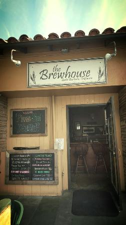The Brewhouse: Yummy flight!