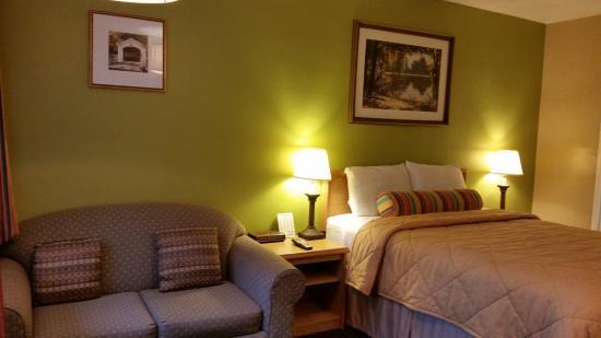 Travelers Inn Eugene : Guest Room