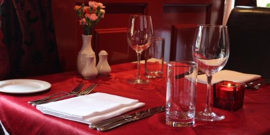 Mayur Indian Restaurant Table Setting & Table Setting - Picture of Mayur Indian Restaurant Portlaoise ...