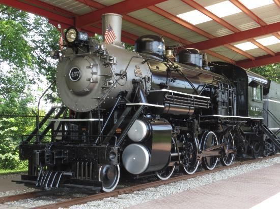 Mason City, IA: The last remaining Minneapolis & St. Louis Railway steam engine - Cannonball 457 - can be found