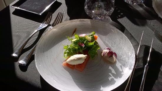 Clesse, Frankrig: L'entrée au saumon
