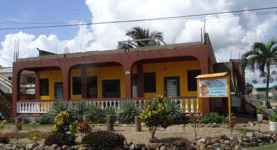 D's Hostel: Avec la façade toute juste refaite