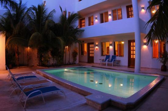 Villa Deja Blue