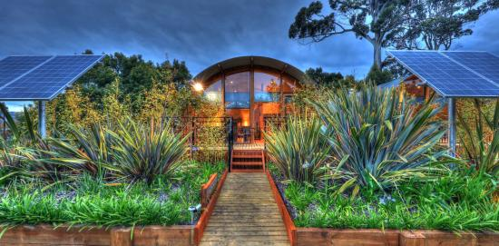 43 Degrees Bruny Island: New Spa Suite Apartments