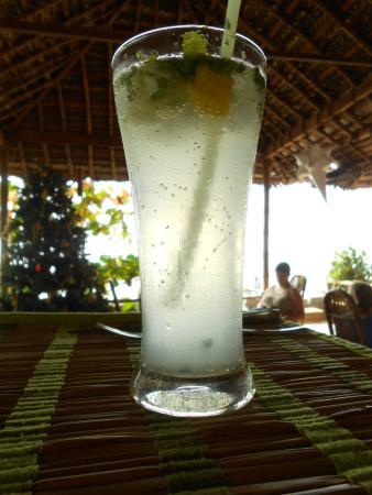 Chilliout Cafe Cherai beach: mojito