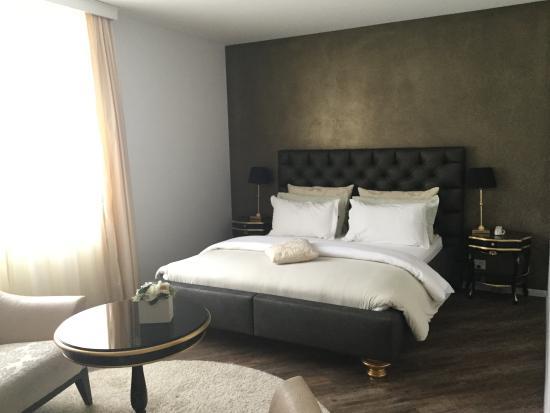 Hotel First: Quite comfort