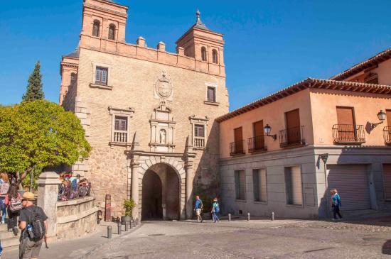 Puerta del sol picture of puerta del sol toledo for Puerta del sol 4