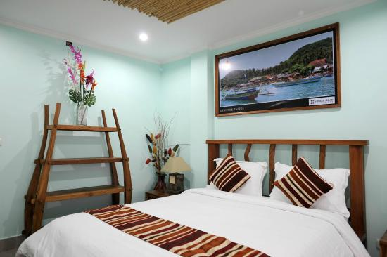 Hammerhead Hotel : Deluxe Suite with  King Bed