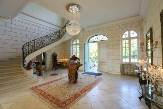 Le Taillan-Medoc, Frankreich: Grand Entrance Hallway