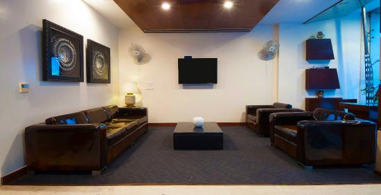 Hotel Aura: Reception room