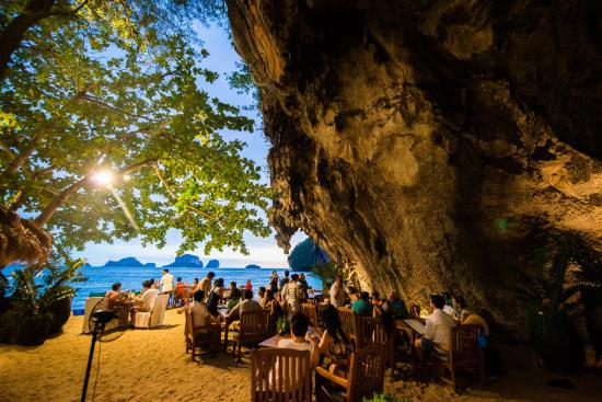 The Grotto Restaurant - Picture of Rayavadee Resort ...