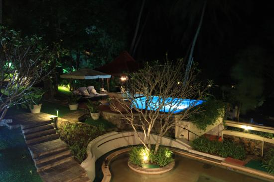 Clingendael: Swimming pool area