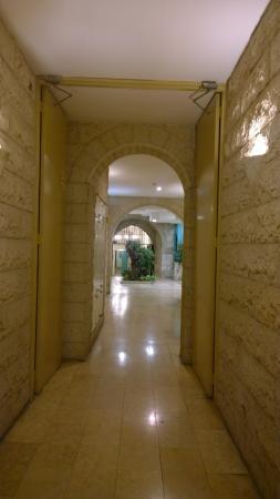 Mount Zion Hotel: интерьер