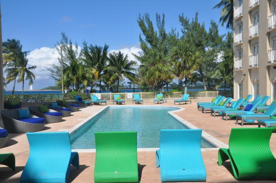 Sunset Resort Bahamas