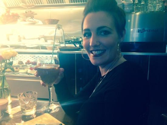 Mi Casa Su Casa: Cheers!!