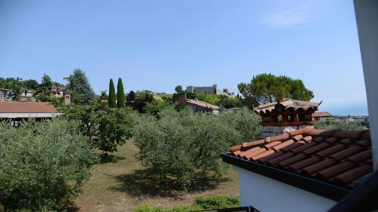 Il Paradiso Del Garda: giardino